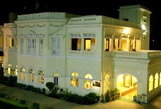 Hotel-Surya-varanasi-thumb.jpg