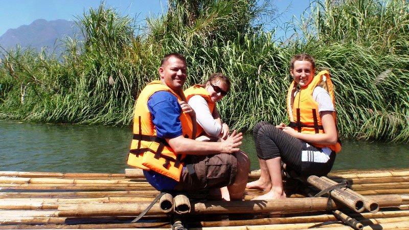 bamboo-raft-thailand.jpg
