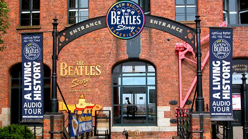 beatles-mania-liverpool.jpg