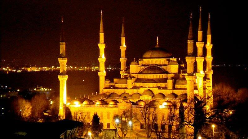blue-mosque-istanbul-turkey_tg_521.jpg