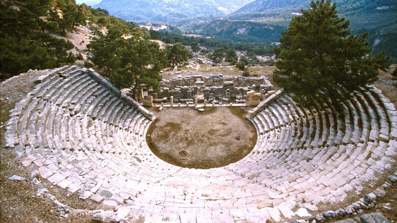 ephesus-theatre-turkey.jpg