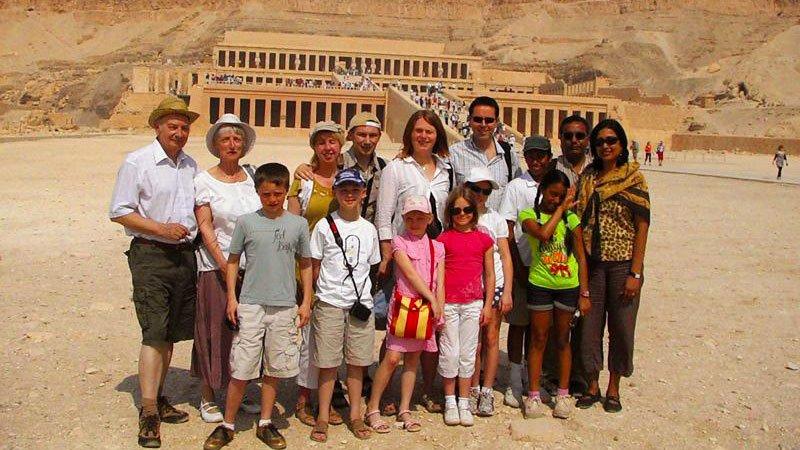 families-hatshepsut-luxor-egypt.jpg