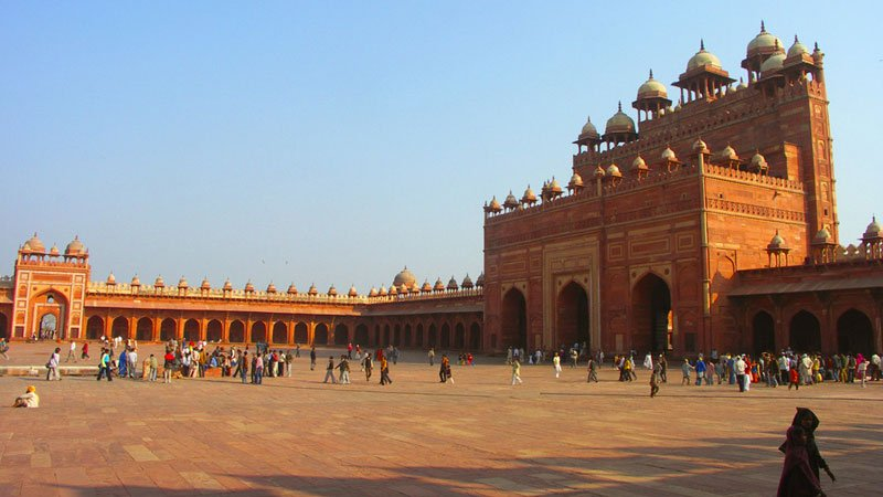 fatehpur-sikri-agra-india.jpg