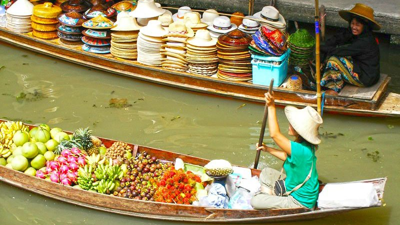 floating-market-bangkok-thailand.jpg