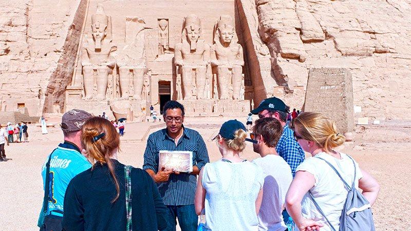 guide-abu-simbel-egypt.jpg