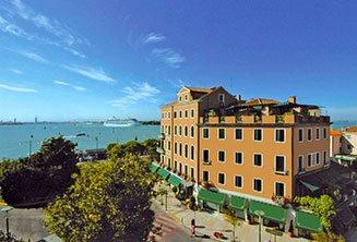 hotel-riviera-venice.jpg
