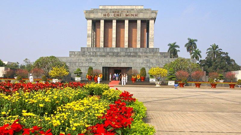 mausoleum-ho-chi-minh.jpg