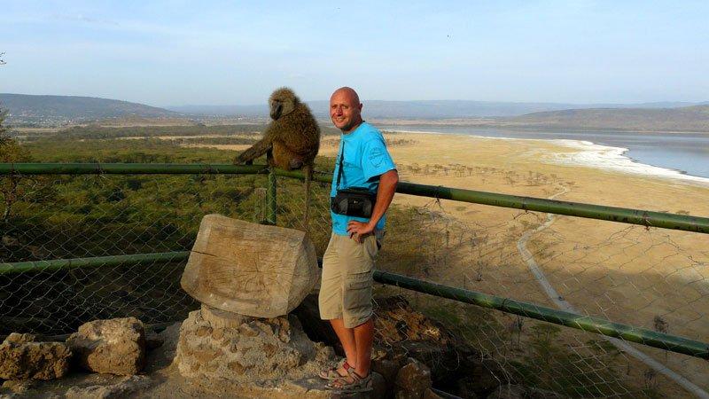 ngorongoro-crater-tanzania.jpg