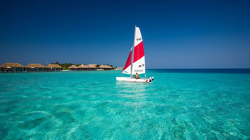 sailing-maldives.jpg