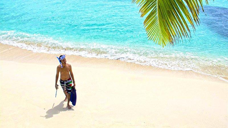 snorkelling-maldives.jpg