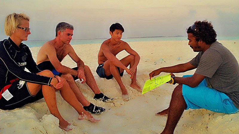 tour-briefing-maldives.jpg