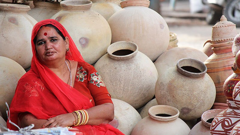 water-pot-seller-india.jpg