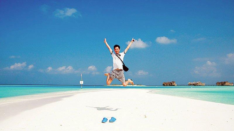 white-sandy-beach-maldives_tg_41.jpg