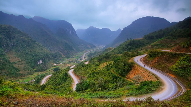 winding-mountain-road-vietnam.jpg